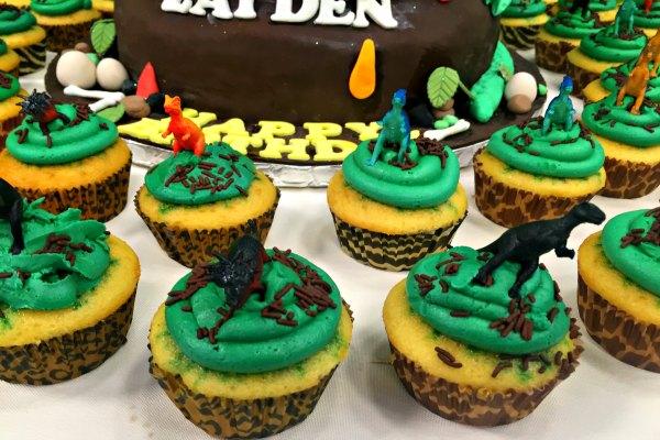 Dino-Cupcakes