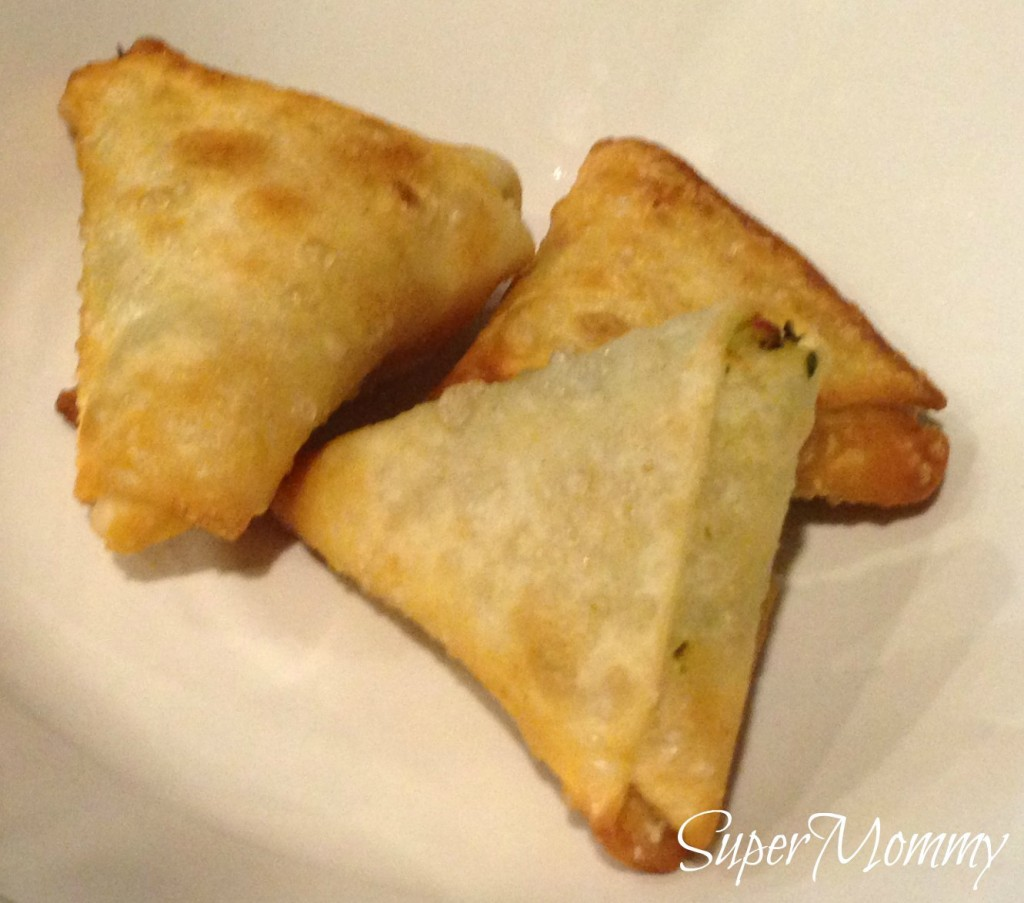 ... samosas to go around. Even my kid's can eat 3-4 of these at a time