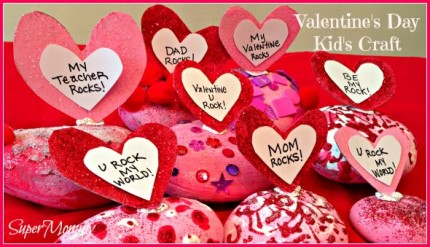 Easy Valentine's Day Craft for Kid's - Rock Paper Weights