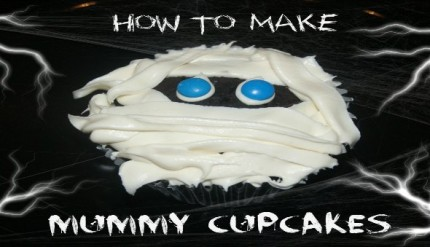 Mummy Cupcakes - Halloween Party Food Ideas