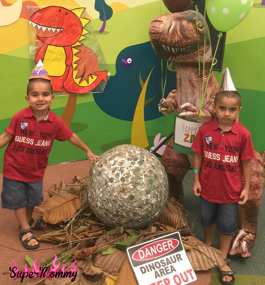 How to make a dinosaur egg birthday pinata