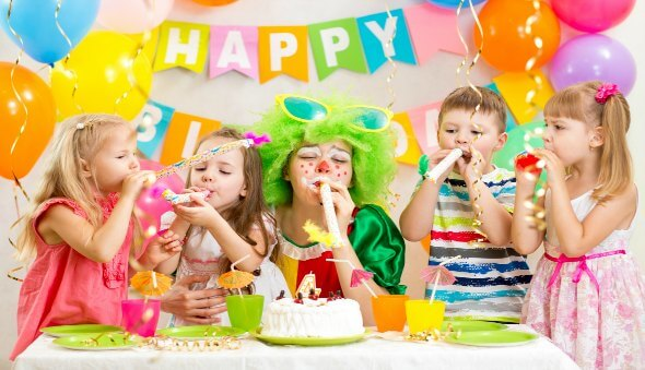 Birthday Party 'Gift & Invitation' Etiquette