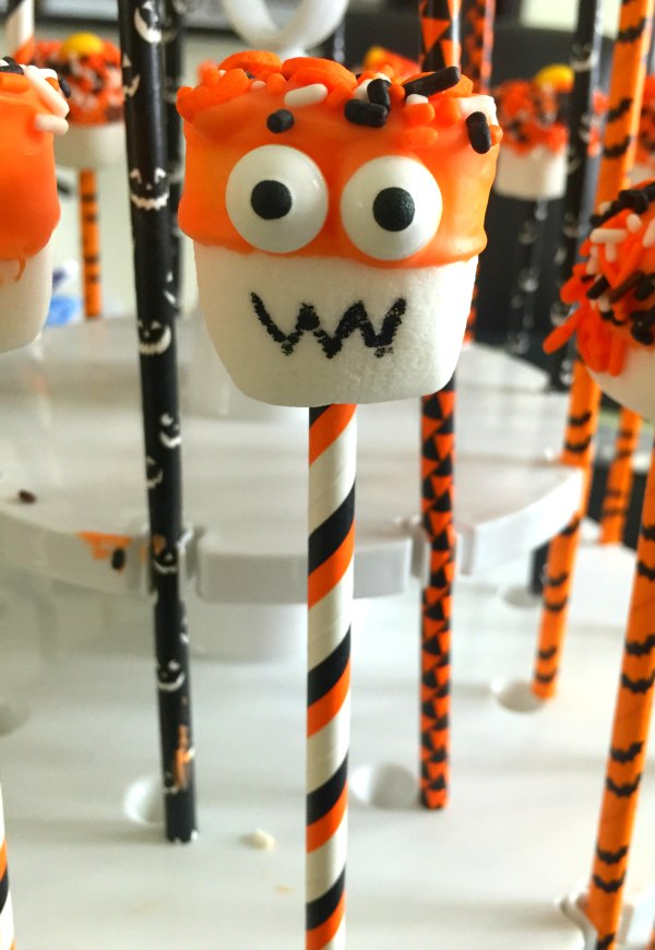 8 Halloween marshmallow pop dessert food ideas monster candy