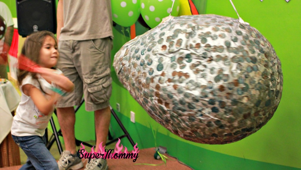 Dinosaur Egg Pinata Easy DIY Pinata Step by Step How to Make Homemade Pinata Guide Ideas Pictures