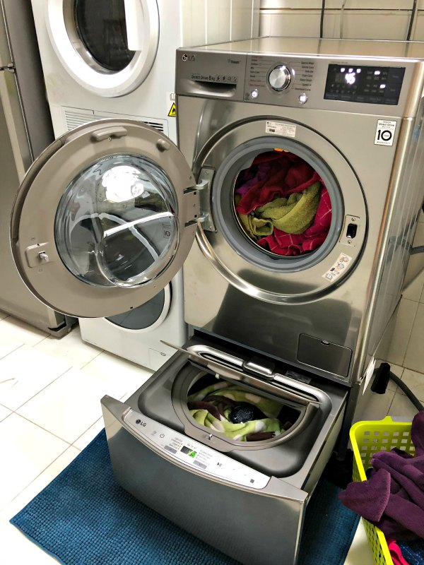 LG TWINWash Machine Two Loads At Once Singapore Review Promotions Where to Buy