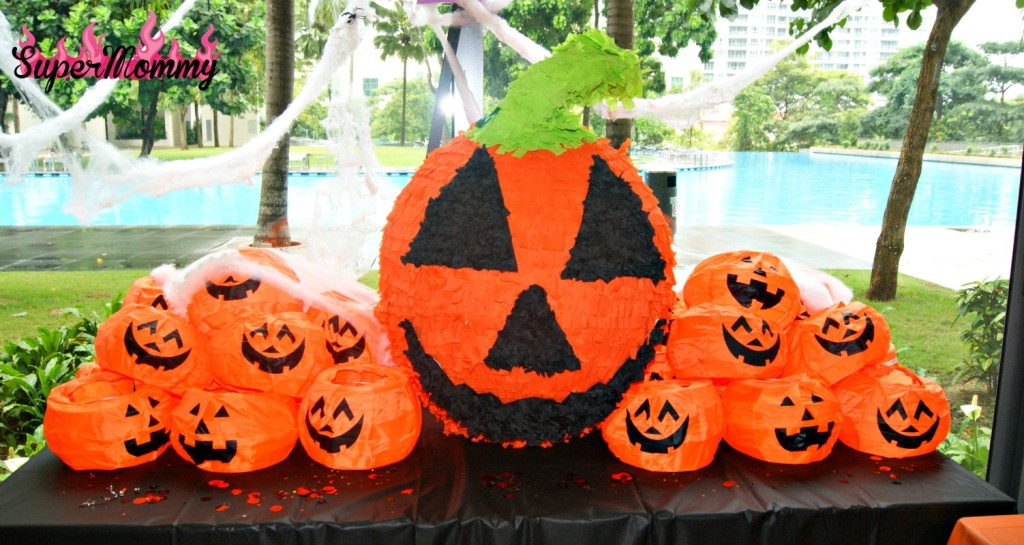 How to Make a Halloween Jack-o-Lantern Pumpkin Pinata