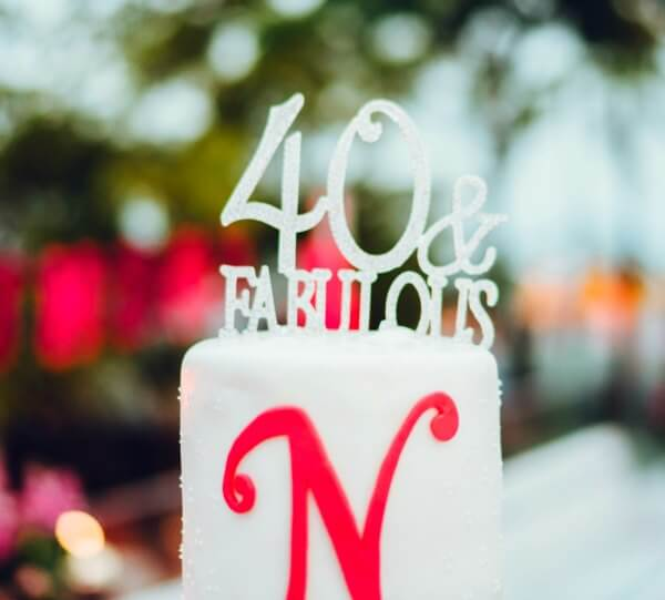 "A Fabulous ""White Hot"" 40th Birthday Party"