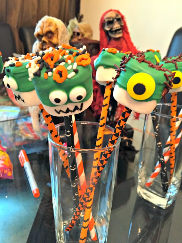 10 Halloween marshmallow pop dessert party food ideas monster candy